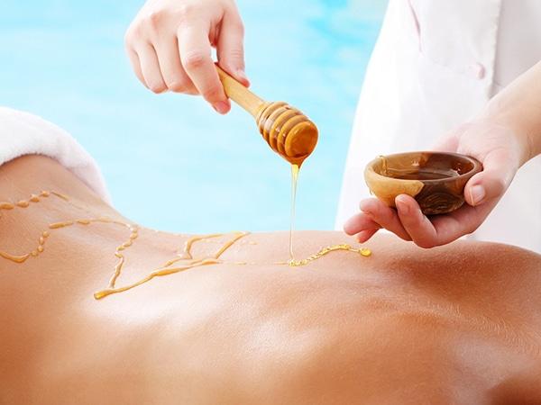 масажът с мед гони токсините